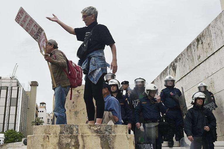 Массовые протесты в Греции