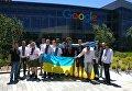 Сотрудники Google поздравили украинцев с праздником в вышиванках