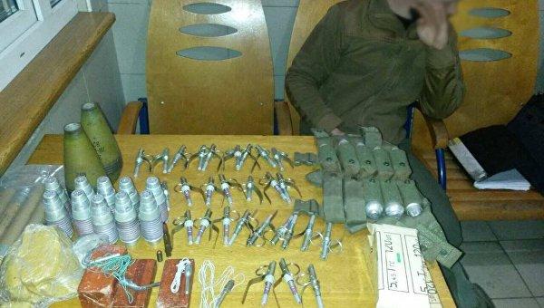 Парень пытался вывезти в Киев из Донецкой области тротиловые шашки