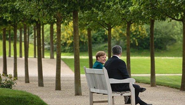 Переговоры Порошенко и Меркель