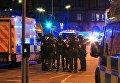 Отряд спецназначения полиции возле стадиона Манчестер Арена