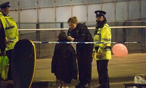 Ребенок, пострадавший при взрыве на стадионе в Манчестере