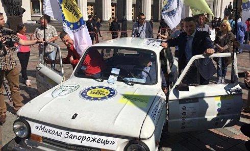 Экологи и автомобилисты протестовали под Радой