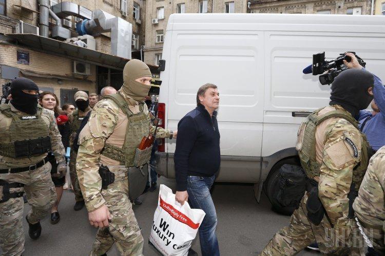 Суд отпустил еще двоих «налоговиков Клименко»