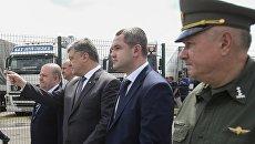 Порошенко проинспектировал пункт пропуска на границе с Польшей