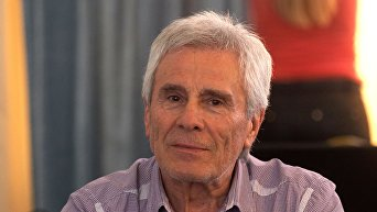 Сербский актёр, режиссёр Гойко Митич. Архивное фото
