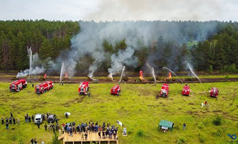 Под Киевом ГСЧС провела масштабные учения тушения лесных пожаров с использованием дронов