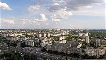 Вид на проспект Шухевича в Киеве