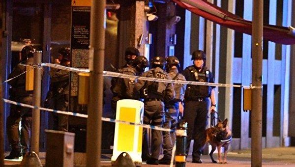 На месте теракта рядом с Лондонским мостом