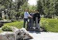 Кличко открыл Сад камней и высадил сакуры в парке Киото