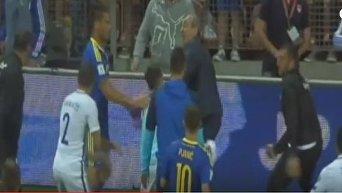 Матч отбора к ЧМ между сборными Боснии и Греции завершился дракой