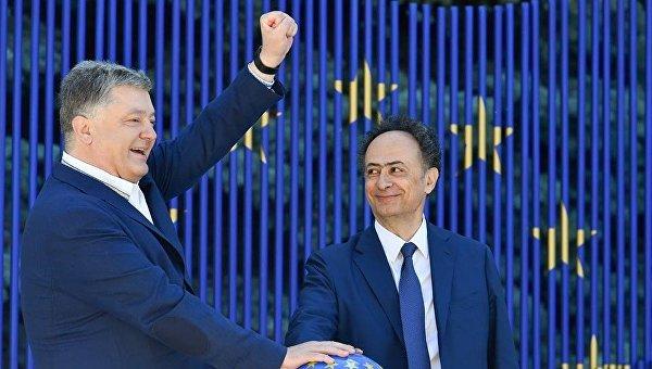 Порошенко и Мингарелли запустили символический таймер безвиза