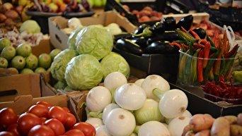 Овощи на рынке. Архивное фото