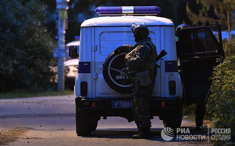 ВПодмосковье милиция ликвидировала устроившего стрельбу попрохожим жителя