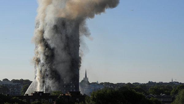 Шесть человек погибли при пожаре в жилом доме в Лондоне
