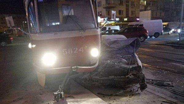 ДТП с участием народного депутата Олега Барны в Киеве