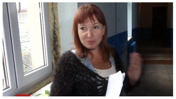 Переселенка из Донецка везла своего сына в Польшу в чемодане