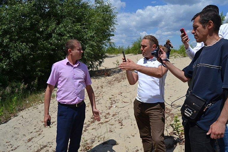 Акция Свободный доступ украинцев к берегам Днепра