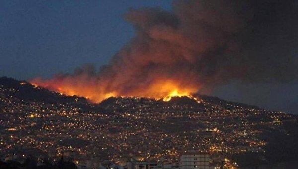 Три поселка эвакуировали вПортугалии из-за сильнейших лесных пожаров