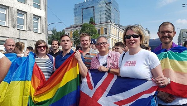 Марш равенства в Киеве. Посол Британии в Украине Джудит Гоф