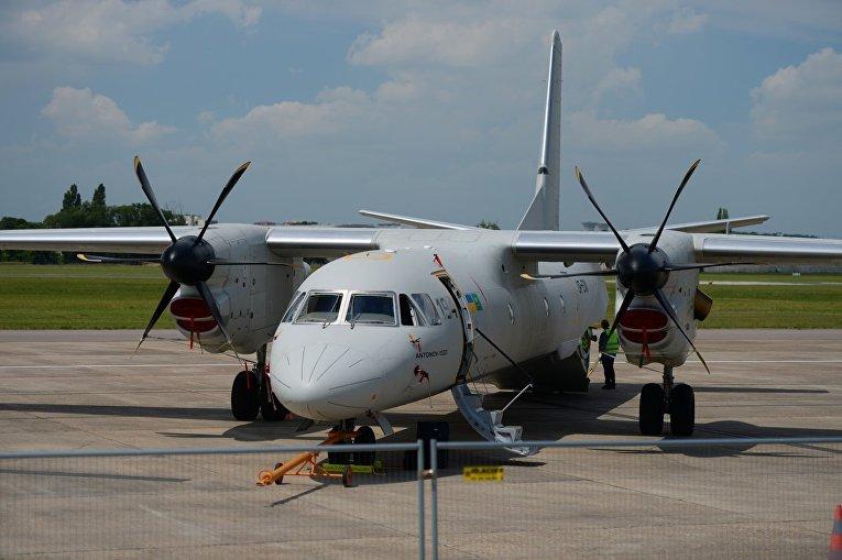 Наавиасалоне ЛеБурже показали украинский Ан-132D