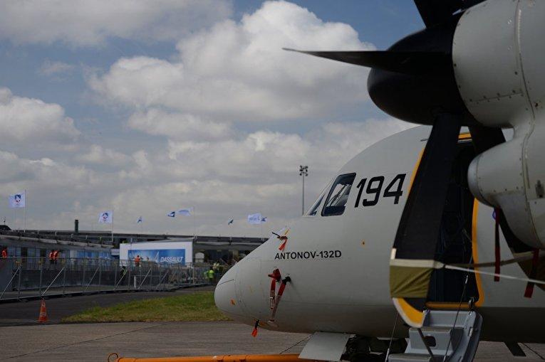 Новый украинский самолет без комплектующихРФ покоряет ЛеБурже