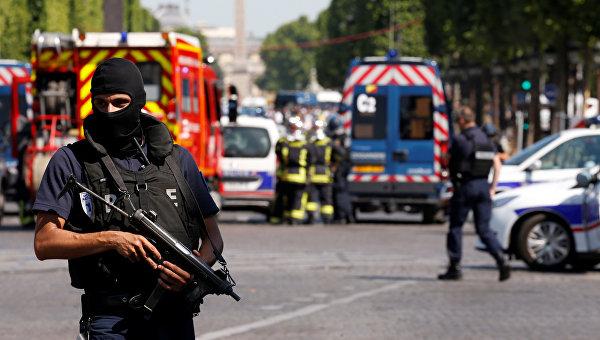 Полиция Франции в Париже