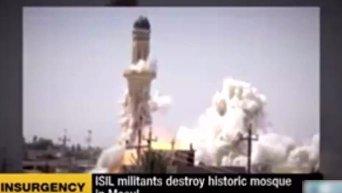 Момент подрыва боевиками ИГ главной мечети Мосула