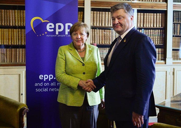 Ангела Меркель и Петр Порошенко, 22 июня 2017