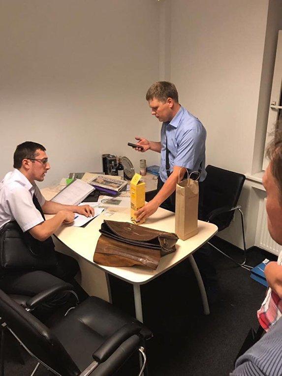 Обыски в офисе редакции интернет-издания Страна