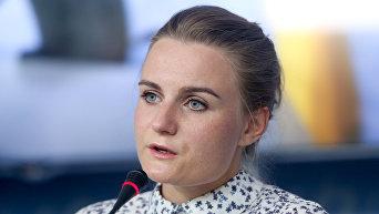Светлана Крюкова на пресс-конференции о давлении властей на издание Страна.ua