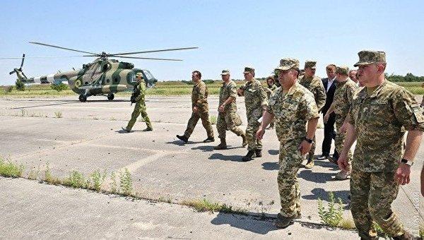 Визит министра обороны Степана Полторака на Арцизский аэродром