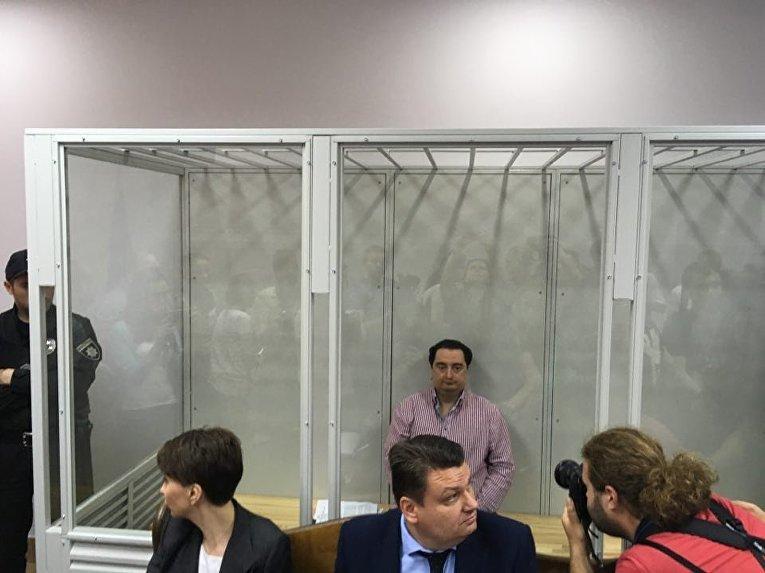 Суд избирает меру пресечения Игорю Гужве