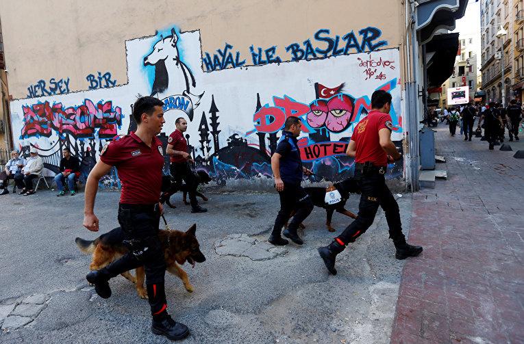 Разгон ЛГБТ-парада в Стамбуле