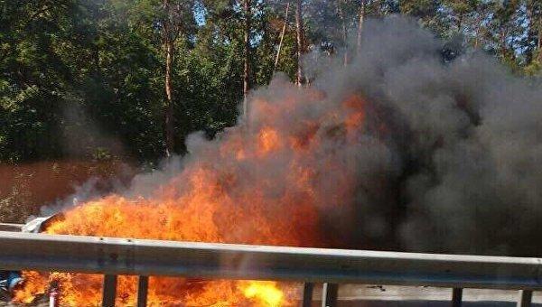 Автомобиль зажегся наБориспольськой трассе в итоге ДТП
