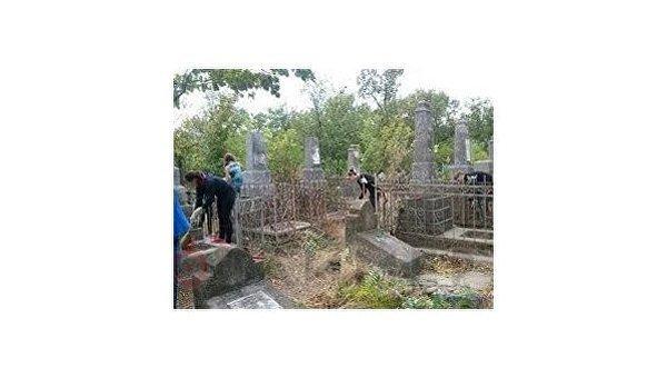 Николаев: стройка на кладбище жертв Холокоста