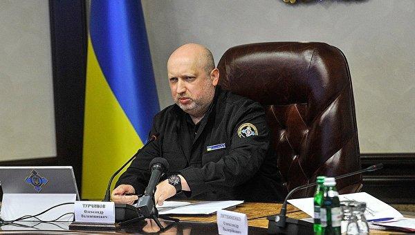 Александр Турчинов во время заседания национального координационного центра кибербезопасности