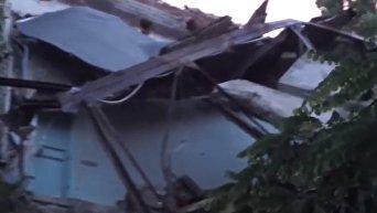 Обрушение части здания Университета торговли в Донецке. Видео