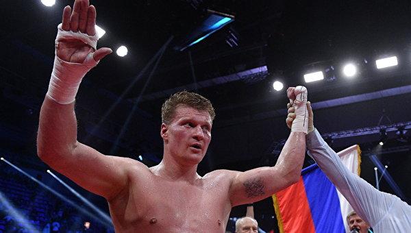 Александр Поветкин (Россия) после победы в титульном поединке против Андрея Руденко (Украина) за титулы WBO International и WBA International