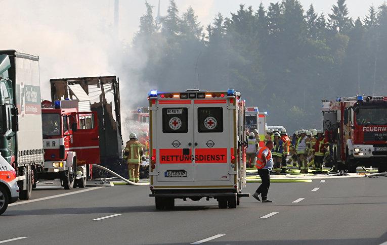 В результате ДТП в Баварии пострадали 30 человек, 17 числятся без вести пропавшими