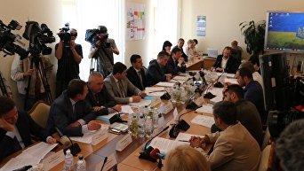Представление генерального прокурора Украины Юрия Луценко на нардепа Евгения Дейдея