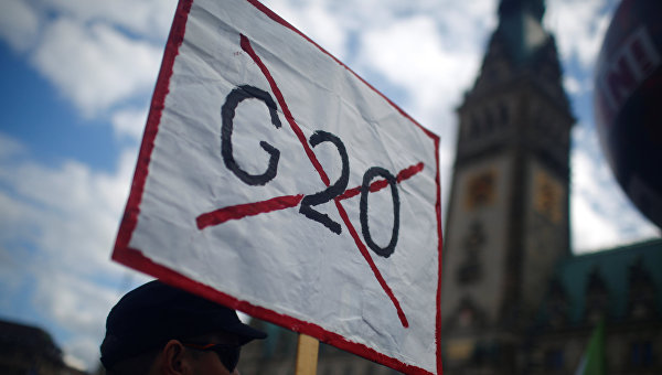 Акции протеста накануне проведения саммита G20 в Гамбурге