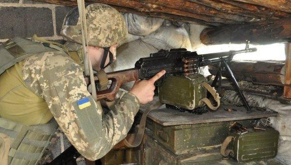 Украинские военные на передовой. Архивное фото