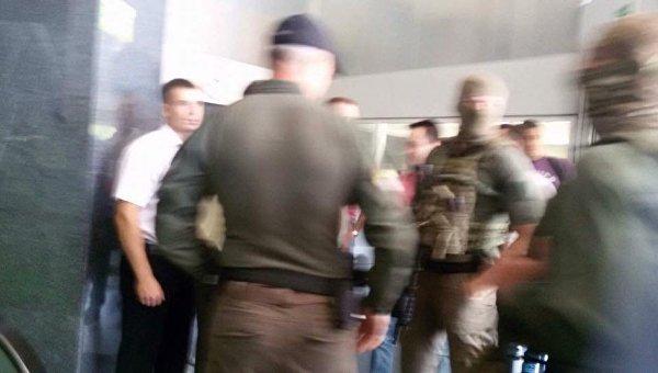 НАБУ проводит обыски в главном офисе Приватбанка