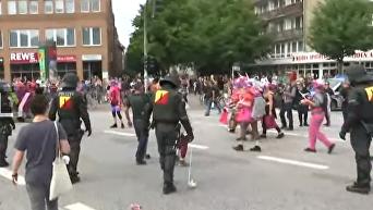 Старт саммита G20 на фоне беспорядков в Гамбурге. Видео