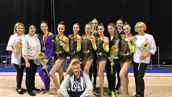 Украинские гимнастки завоевали серебро на этапе Кубка мира