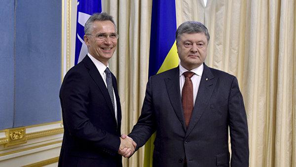 Встреча президента Петра Порошенко и Генерального секретаря НАТО Йенса Столтенберга. Архивное фото