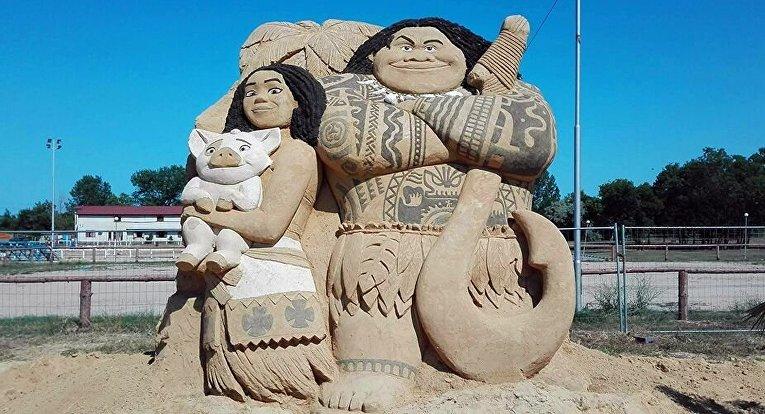 Чудеса света из песка. Международный фестиваль песчаных скульптур в Болгарии