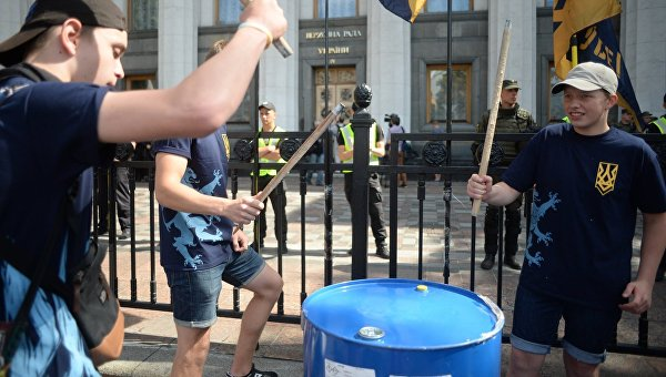 Акция протеста Нацкорпуса под Верховной Радой. Архивное фото