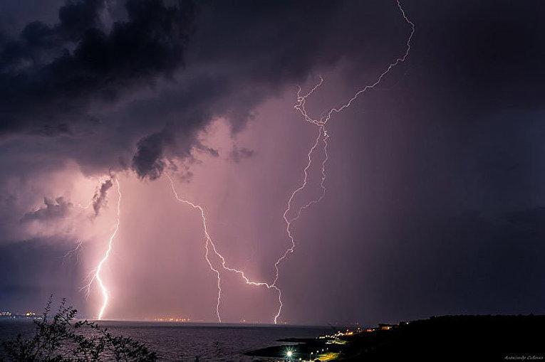 Фантастические молнии в Одессе
